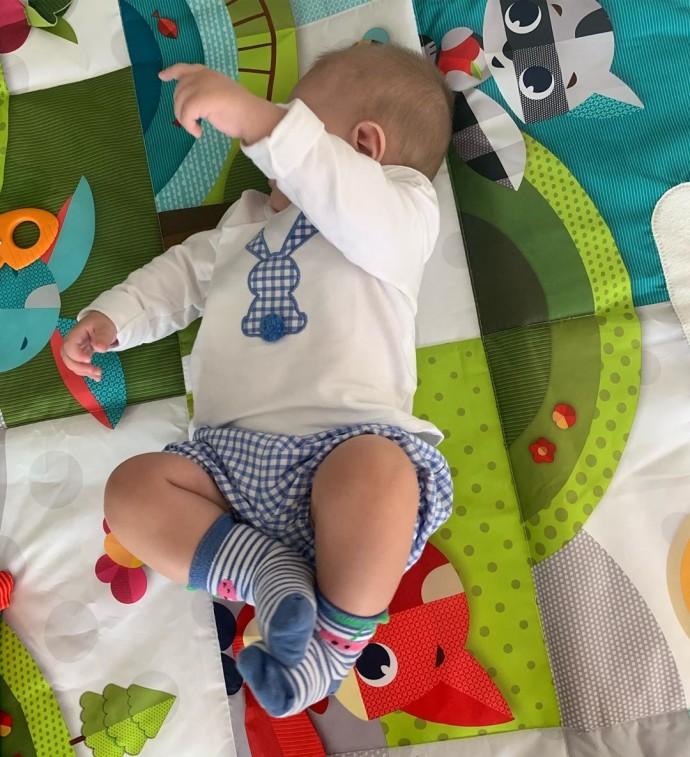 Виктория Лопырева не может контролировать свои чувства к новорождённому сына
