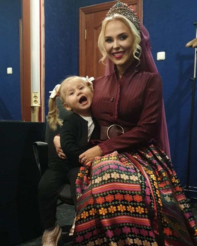 Пелагея вновь беременна