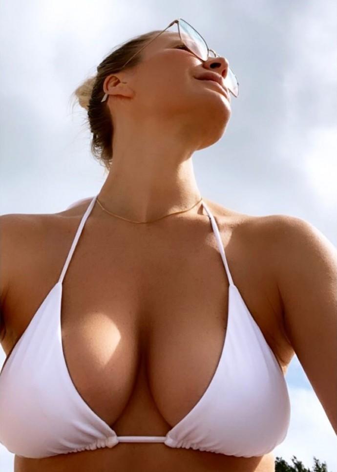 Елена Летучая увеличила грудь