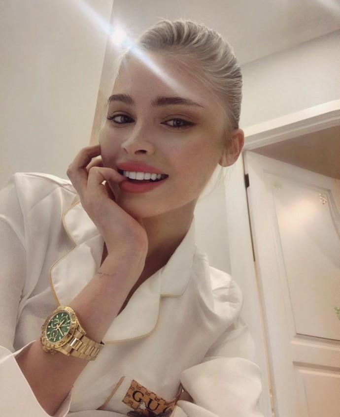 Алёна Шишкова снялась в нежной фотосессии, посоветовав, как восстановить нервы