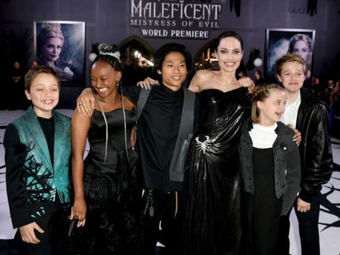 Семья Анджелины Джоли воссоединилась