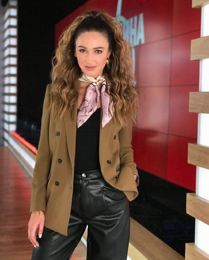 Ольга Бузова готова была приехать на переговоры с захватчиком людей в банке