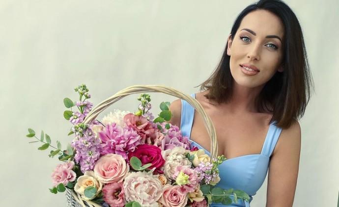 Алсу ответила на слухи о разводе с мужем