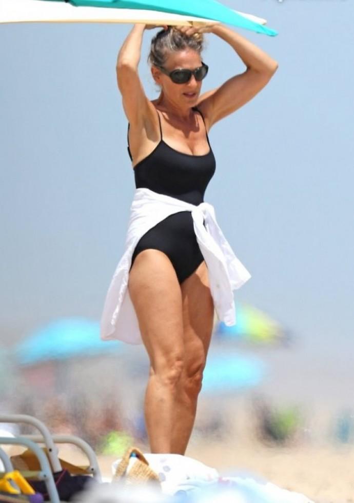 55-летняя Сара Джессика Паркер показала фигуру в купальнике