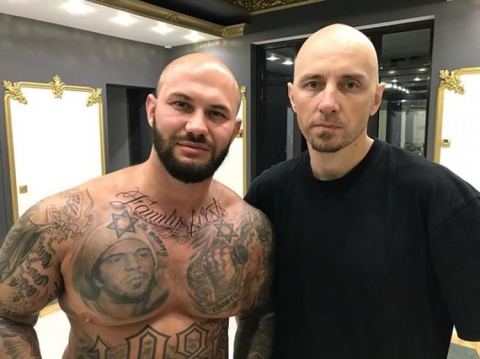 Джиган показал свою новую татуировку