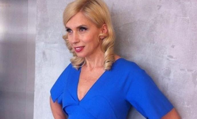 Алена Свиридова вспомнила, как развлекалась, оставив старшего сына матери