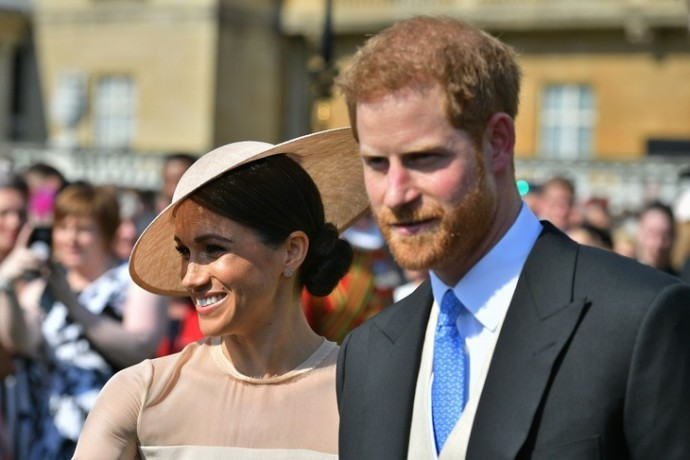 Меган Маркл и принц Гарри вернули долг британцам