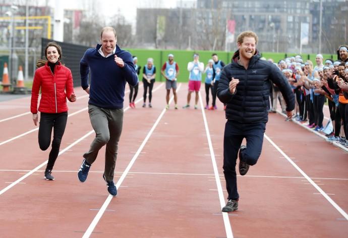 Принц Уильям и Кейт Миддлтон весело поздравили принца Гарри с днем рождения, никак не отметив Меган Маркл