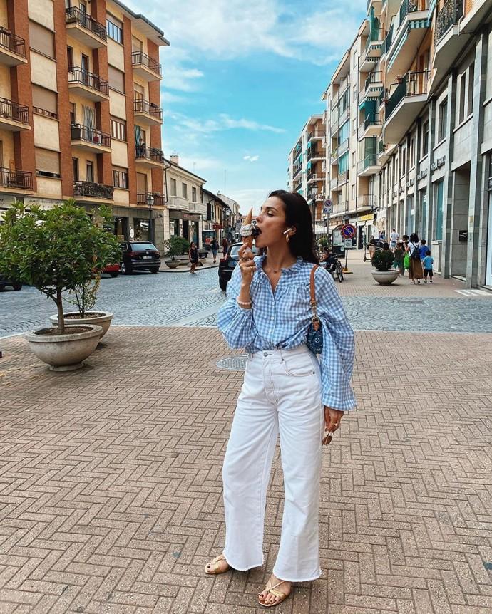 Rating of the day: Sati Casanova took a walk in Italy enjoying ice cream