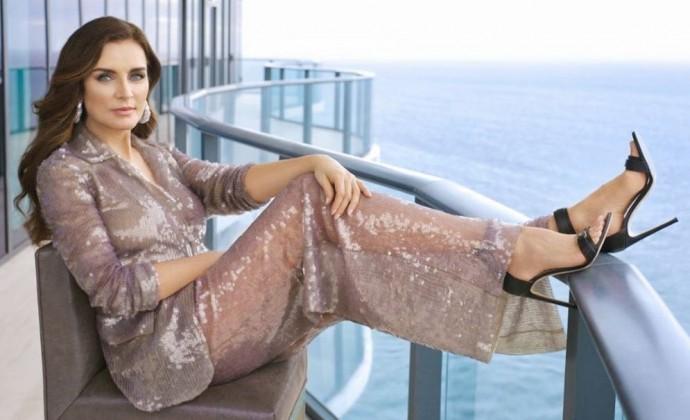 57-летняя жена Игоря Крутого показала себя в роскошном платье и собрала массу комплиментов