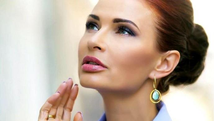 Эвелина Блёданс открыла секрет молодости, здоровой внешности и красоты