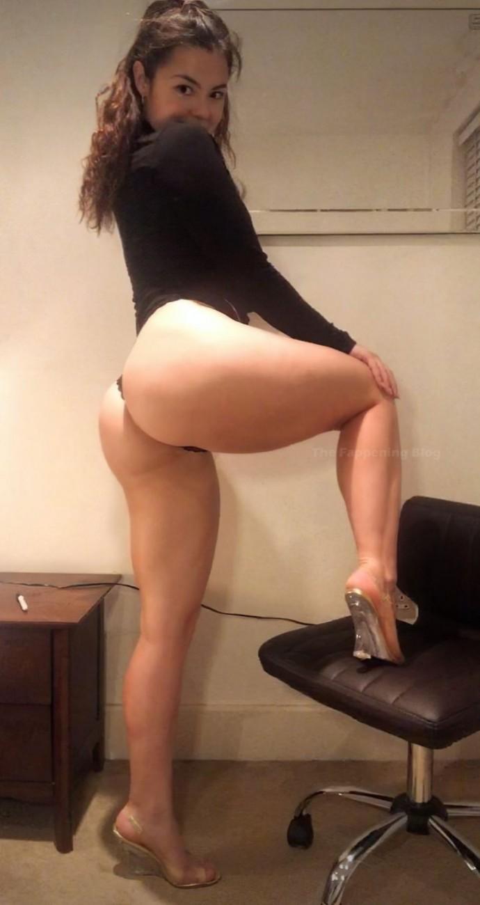 В Сети опубликовали интимные фото актрисы Меган Прескотт