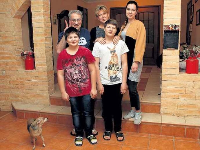 Недавно овдовевший Андрей Норкин снова стал дедушкой
