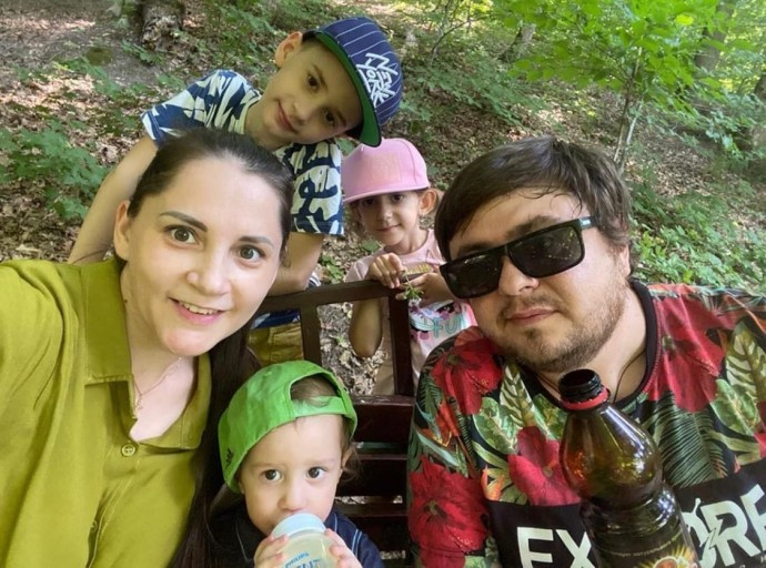 "A member of the ""Slaughter League"" Lenya Makhno got into a serious accident with his pregnant wife and children"