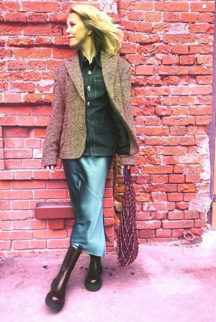 Рейтинг дня: Ксения Собчак дополнила образ сумкой-авоськой
