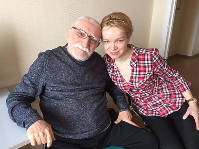 Виталина Цымбалюк-Романовская обвинила в смерти Армена Джигарханяна его родственников