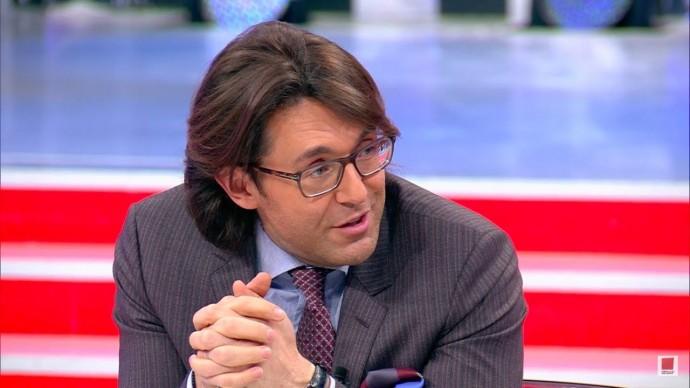 Директор шоу Андрея Малахова прокомментировал слухи о приглашении Заворотнюк на программу