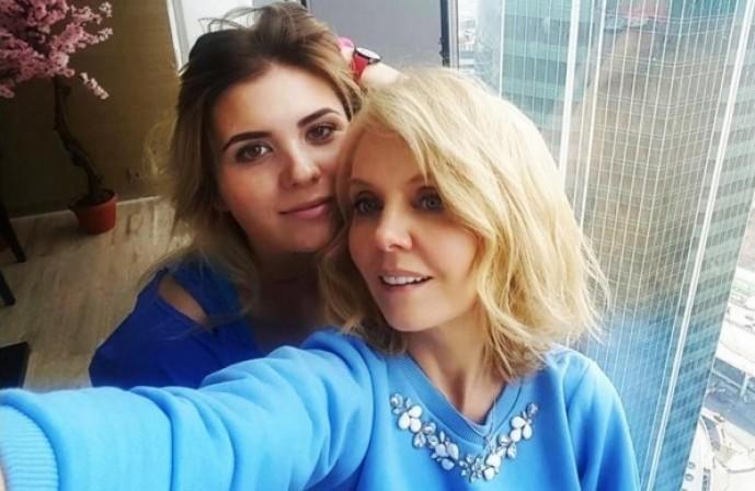 Как похудела дочка Валерии Анна Шульгина, она же SHENA?