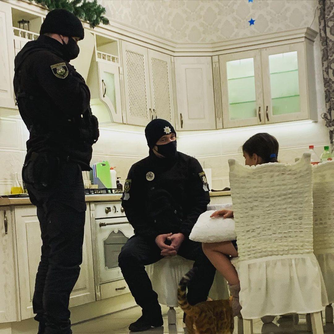 Анастасия Приходько натравила полицейских на свою 10-летнюю дочь