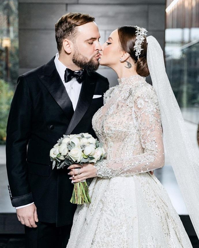 Асти вышла замуж: фото со свадебной церемонии