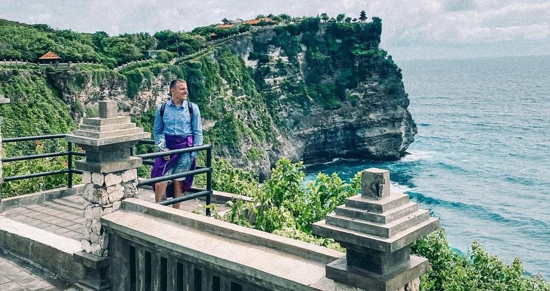 Сергей Лазарев тайно отдыхает на Бали с любовником