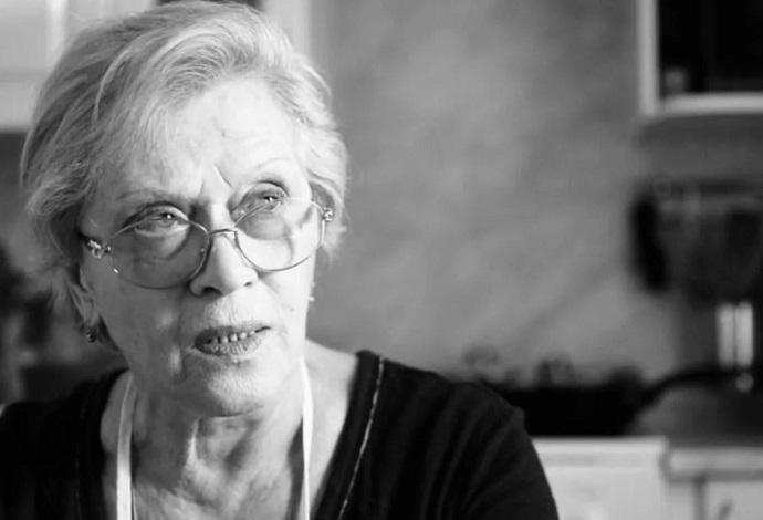 Алиса Фрейндлих попросила закурить: актриса находится в реанимации с обширным поражением лёгких
