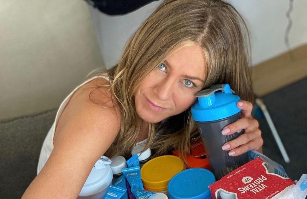 51-летняя Дженнифер Энистон призналась, почему такая худая