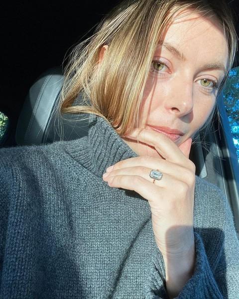 Мария Шарапова показала помолвочное кольцо стоимостью 18 миллионов рублей