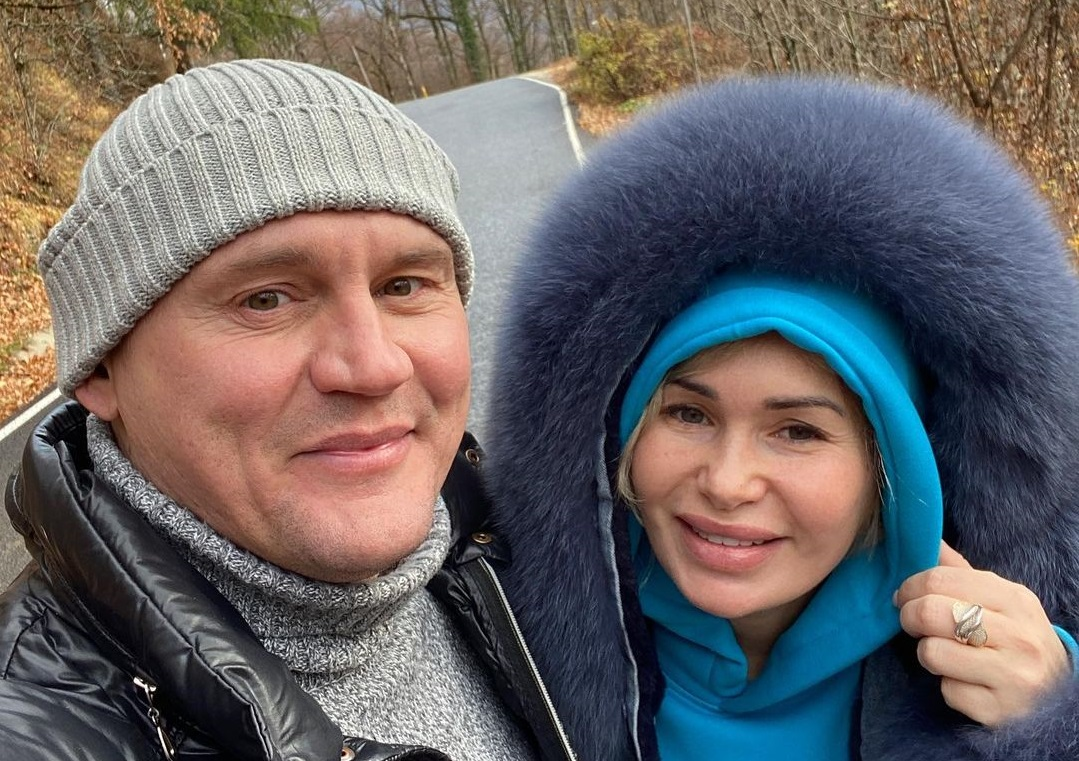 Stepan Menshchikov's wife complained that he was burdened by family life