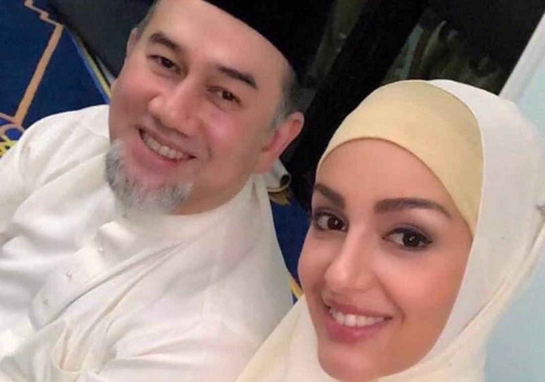 Оксана Воеводина показала сына от экс-короля Малайзии
