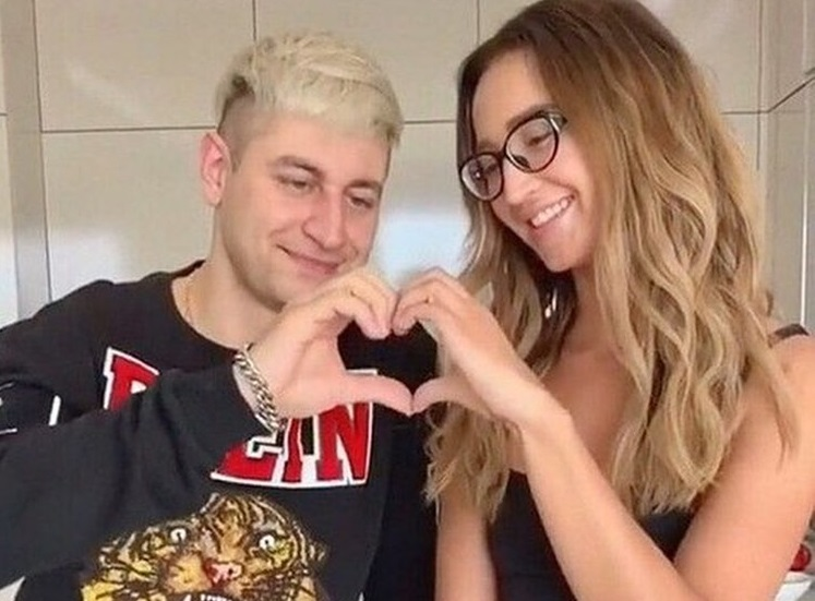 Мать Давида Манукяна слила в сеть снимки секса Ольги Бузовой с любовником