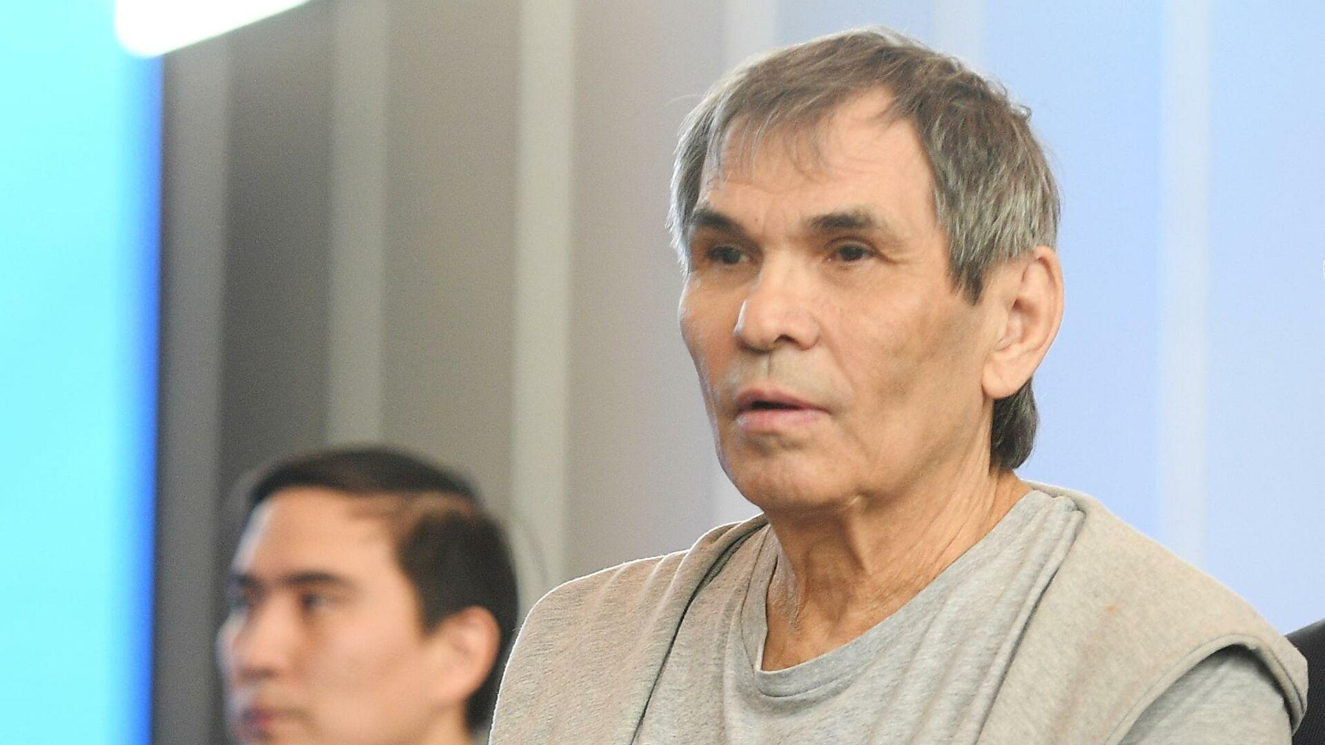 Бари Алибасов покинул Москву в инвалидном кресле