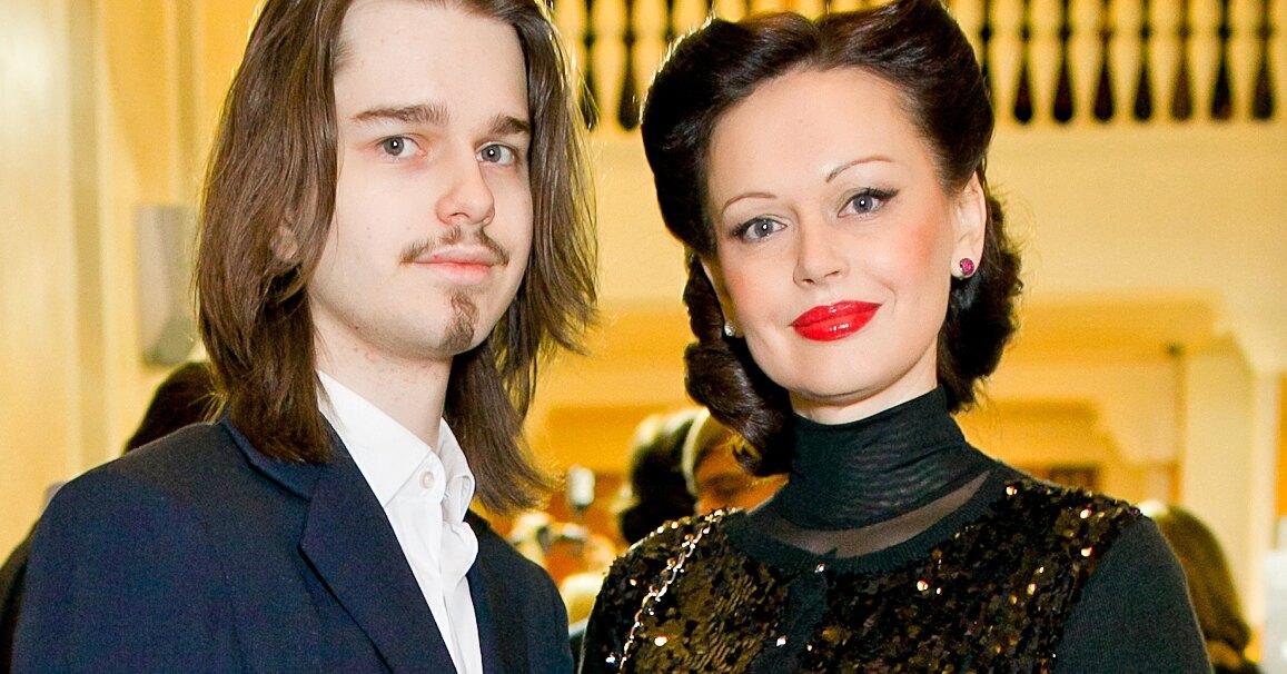 Ирина Безрукова сообщила о подробностях захоронения погибшего сына
