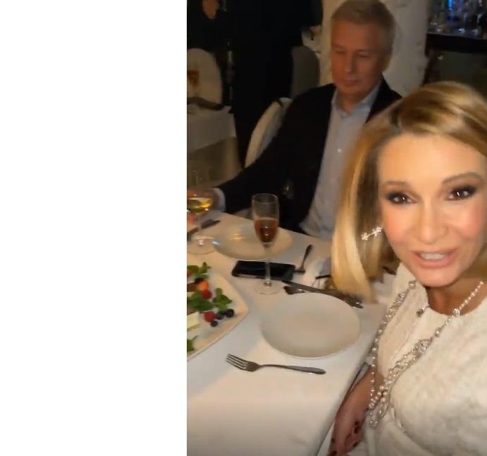 Ксения Бородина случайно засветила на видео седовласого мужчину Ольги Орловой