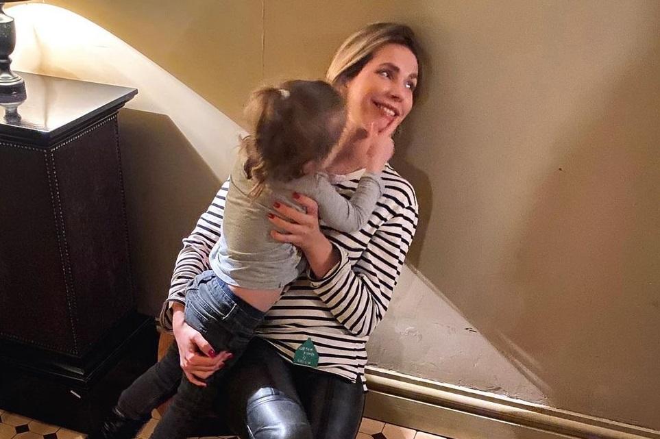 Владимир Яглыч впервые посетил светское мероприятие вместе с 3-летней дочкой