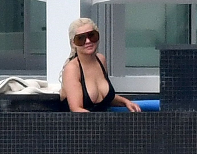 Папарацци показали, как на самом деле выглядит Кристина Агилера