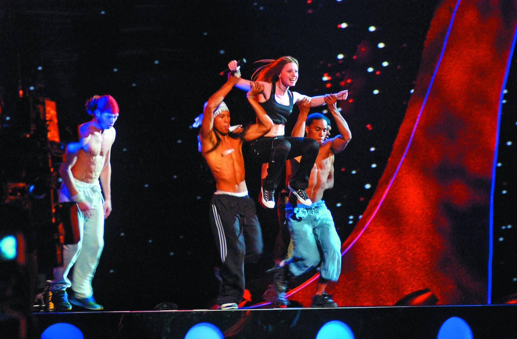 """""""Макс тогда разочаровался во мне"""": Юлия Савичева вспомнила о своем провальном выступлении на Евровидении"""