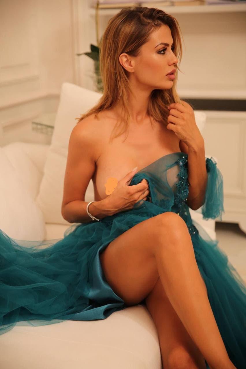 В сети появились интимные фото Виктории Боня, украденные с телефона
