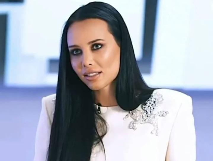 Маша Малиновская посмеялась над Анастасией Решетовой и жёнами реперов