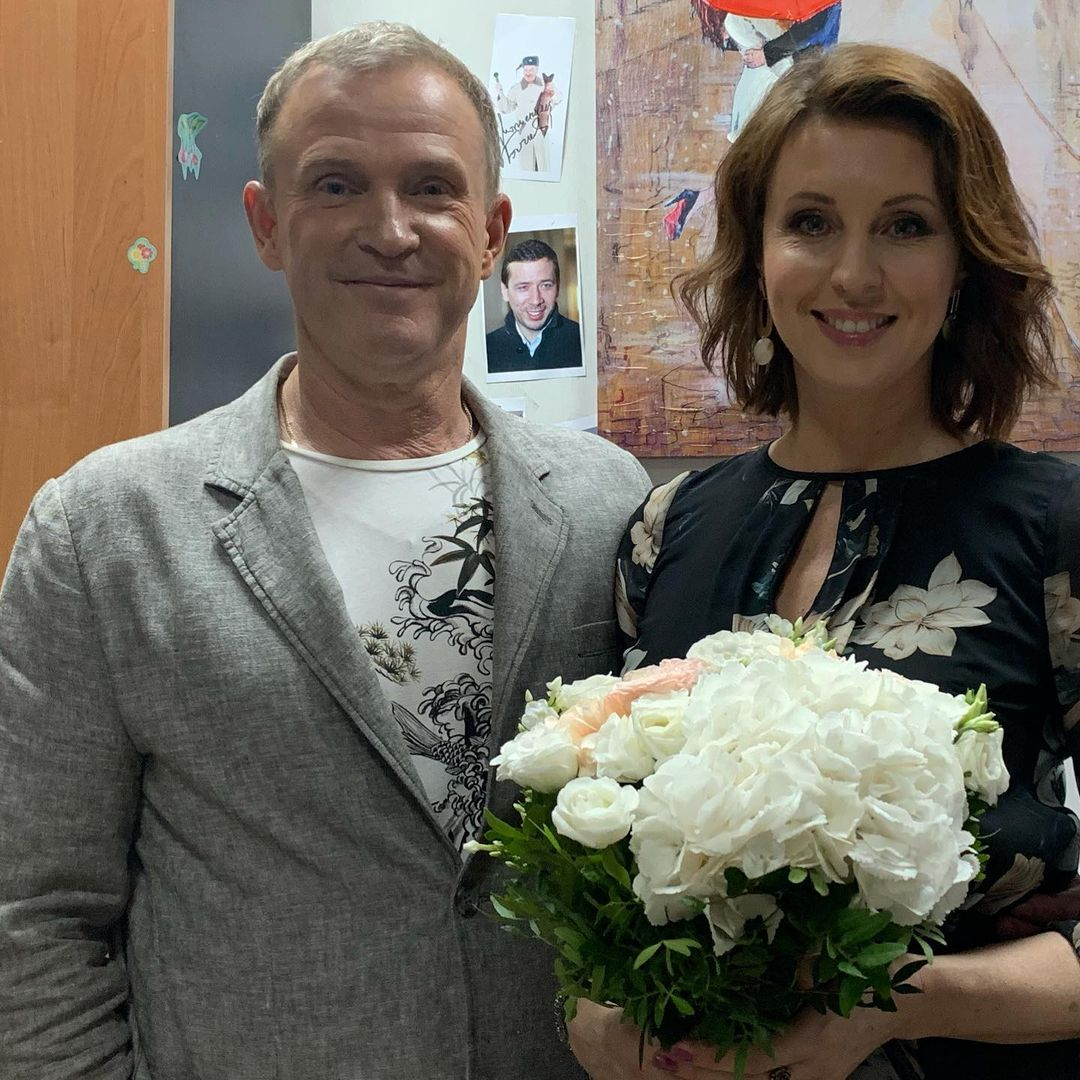 Виктор Рыбин и Наталья Сенчукова призывают россиян ставить прививки от COVID-19