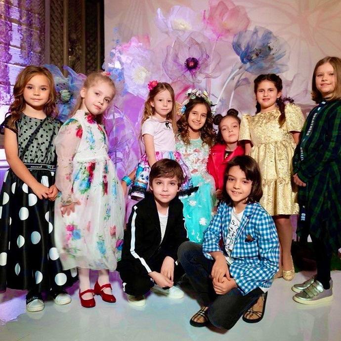 Дети Филиппа Киркорова и Аллы Пугачевой встретились после долгой разлуки