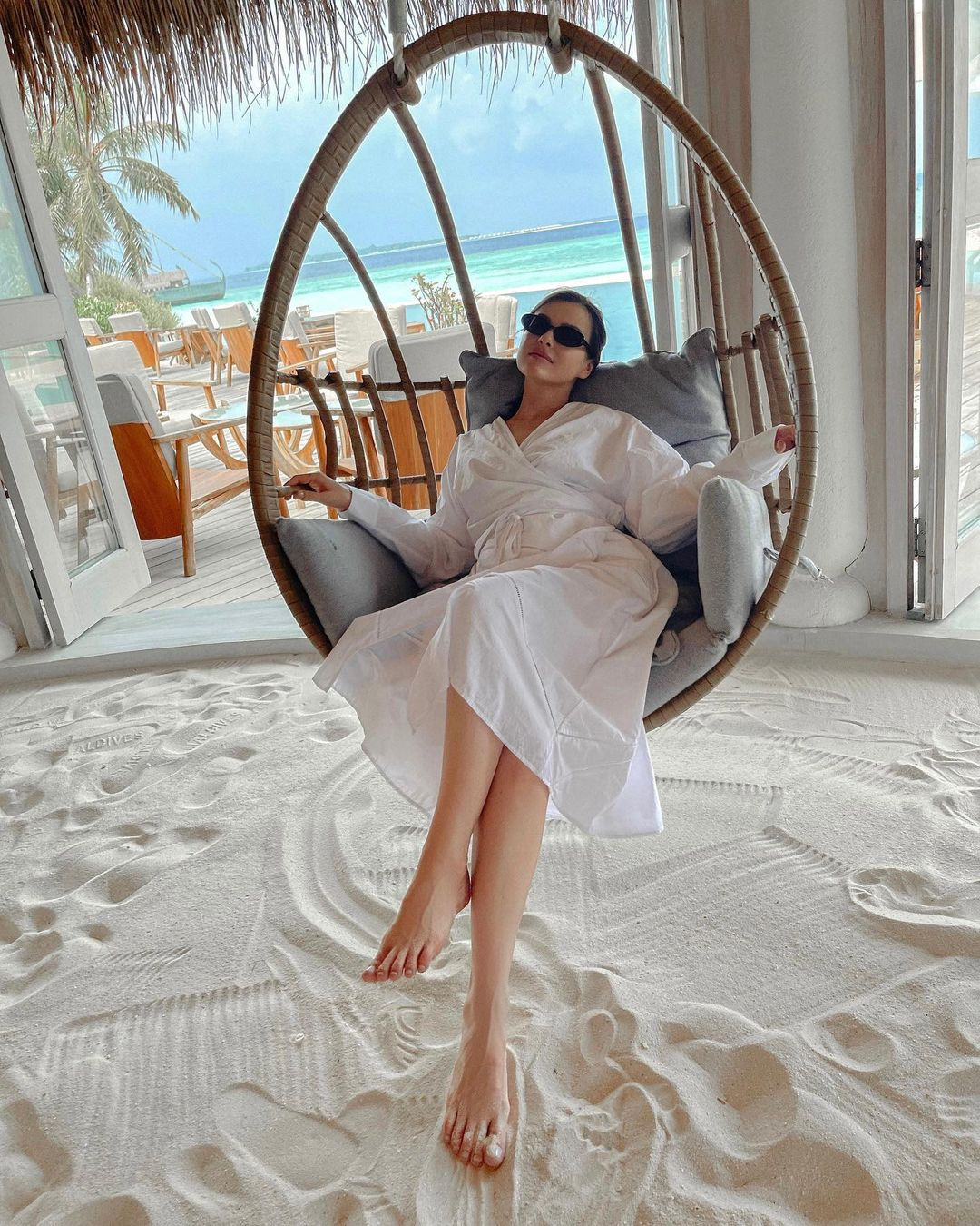 Elena Temnikova showed appetizing buttocks during a vacation in the Maldives
