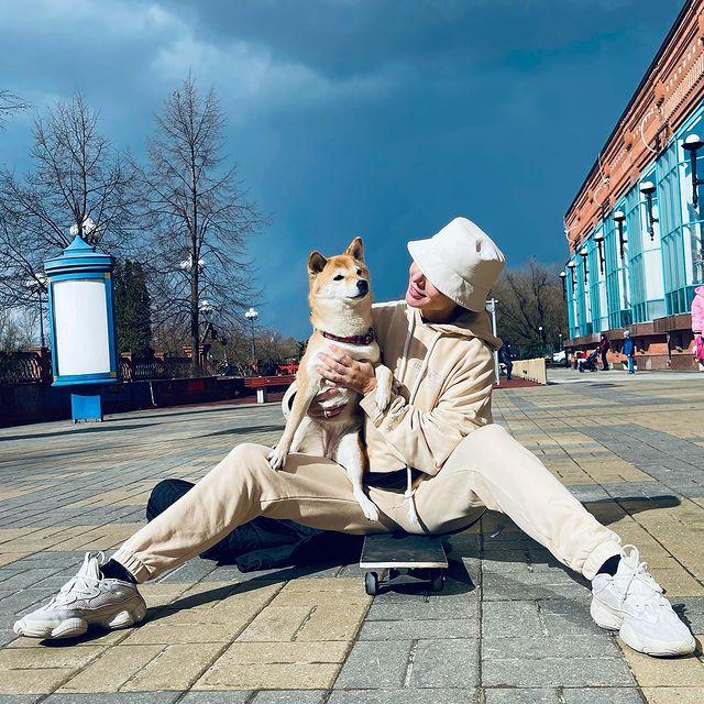 Анну Седокову осудили за потерю собаки