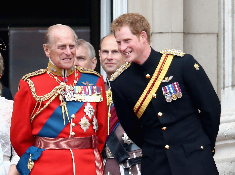 Принц Гарри возвращается в Англию