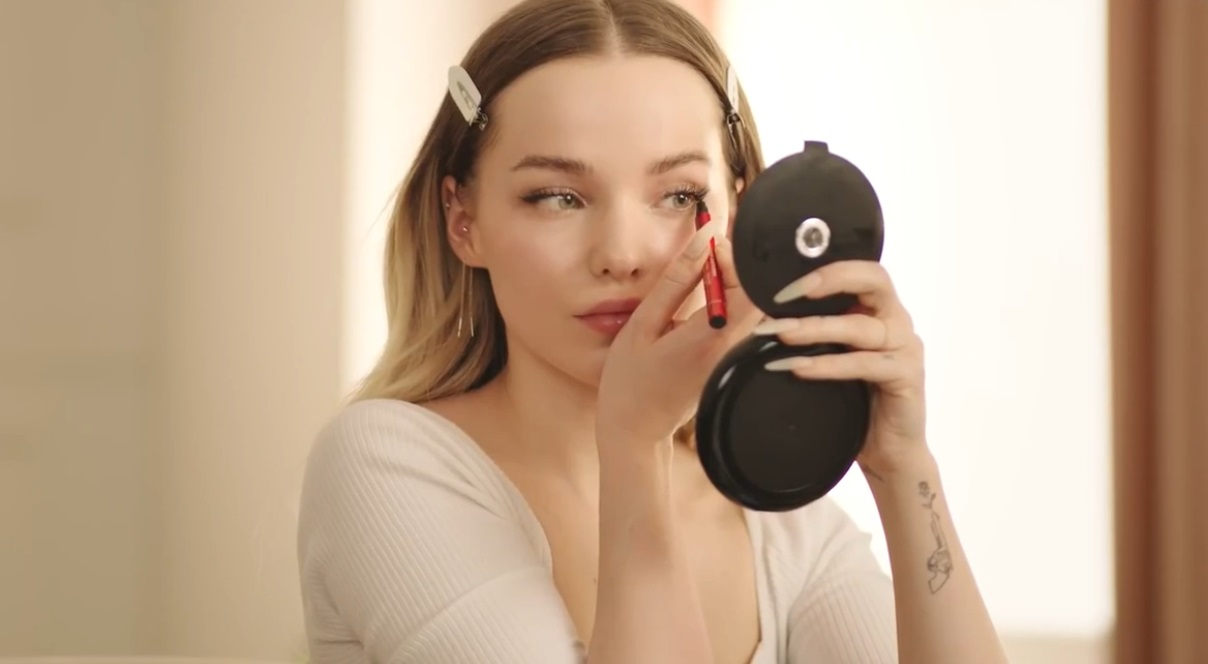 After posting a sex video, Dove Cameron began filming for Vogue