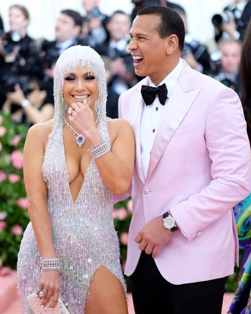 How did Alex Rodriguez's mistress comment on the news of breaking up with Jennifer Lopez?