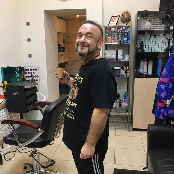 """""""Жуть!"""": Александр Морозов показал, как выглядел его живот до операции по удалению обвисшей кожи"""