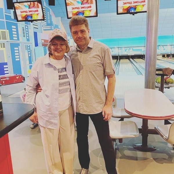 Больная раком Александра Яковлева отправилась играть в боулинг