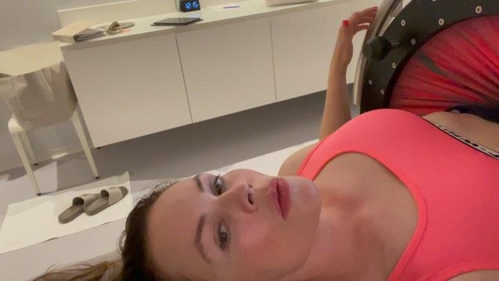 Екатерина Андреева худеет в Швейцарской клинике
