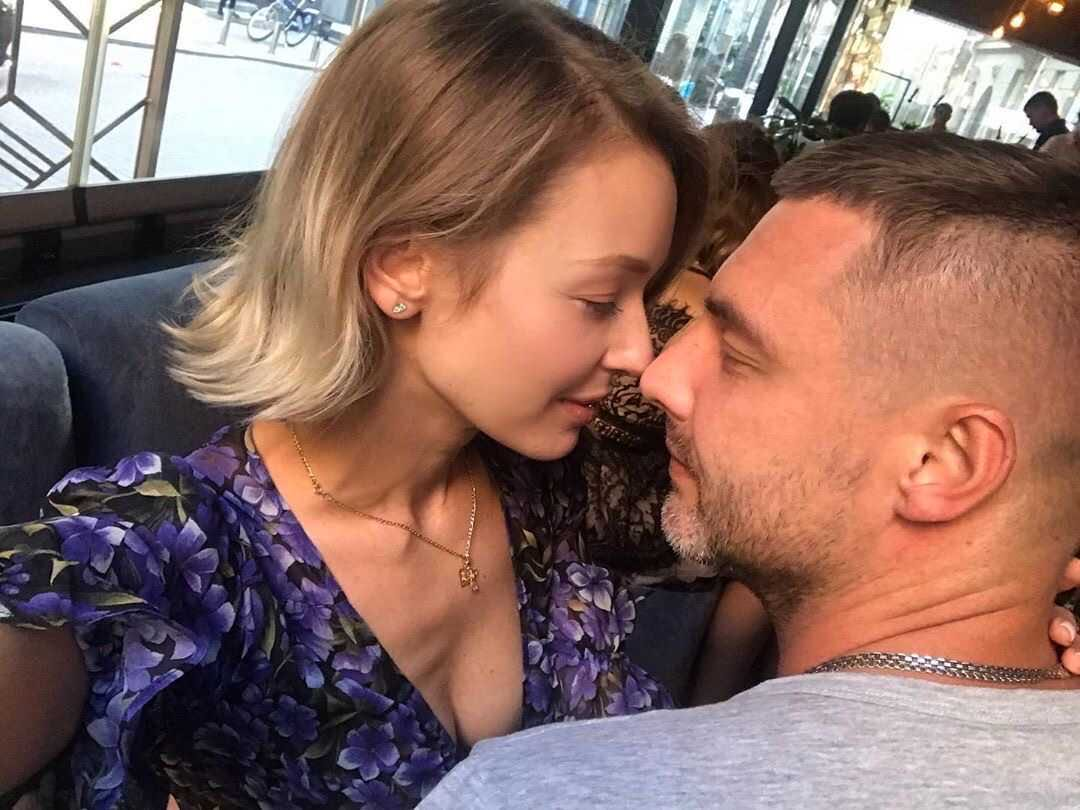 Евгения Лоза намекнула, из-за чего развелась с Антоном Батыревым